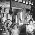 Kiosk of Polish arts and crafts set up in Jackson Park by the Club in 1958